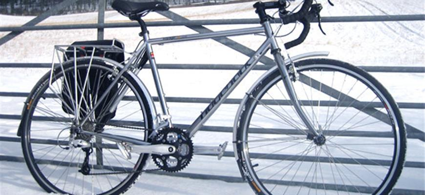 Bicyle in snow